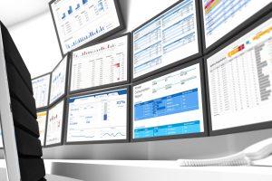 Monitore mit verschiedenen Statistiken